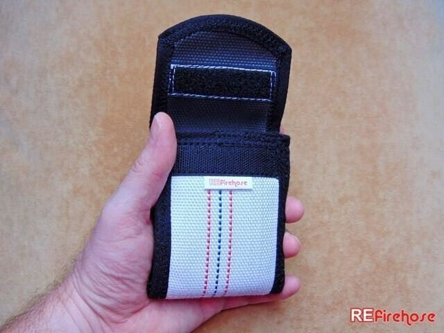 Safe purse coin wallet closable with strong rubber band and Velcro strap